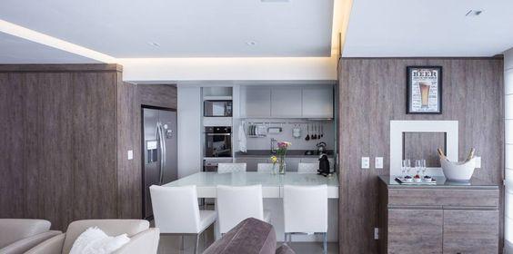 Elegante apartamento projetado pela arquiteta Andrya Kohlmann em parceria com nossa loja Quintino Porto Alegre. Fotos:Marcelo Donadussi