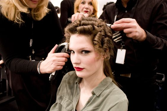 Beauty Backstage: Lena Hoschek