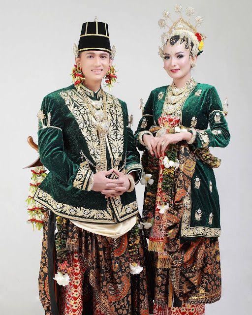 Baju Adat Kalimantan Selatan