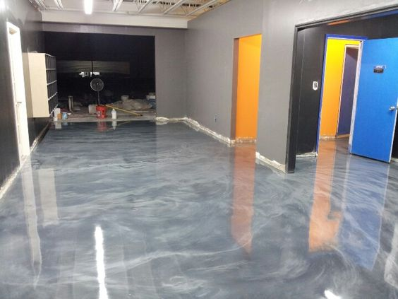 Decorative Concrete Epoxy Floor Silver And Pearl