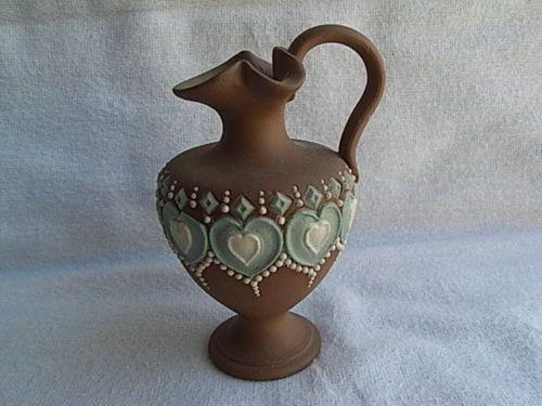 Royal-Doulton-Silicon-Ware-Small-Jug-Ewer-Heart-Decoration