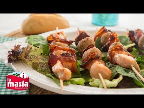 Recetas Carnes y Aves   Receta Brochetas de pollo, bacon y champiñones
