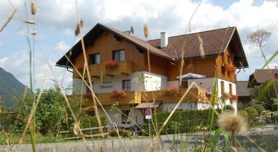 Pension Mitterer - #Guesthouses - EUR 70 - #Hotels #Österreich #Weissensee http://www.justigo.lu/hotels/austria/weissensee/pension-mitterer_45418.html