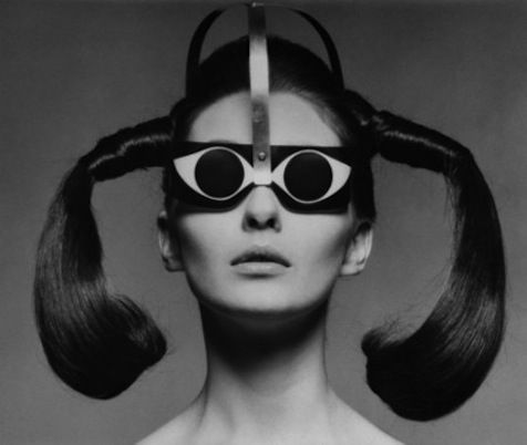 083533709d4c5 Ele também foi o criador, junto ao famoso ótico e designer Germano Gambini,  dos óculos dobráveis.