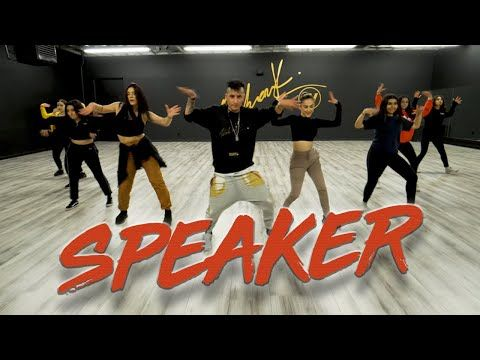 Banx Ranx Speaker Feat Olivia Holt And Ziezie Dance Video Choreography Mihrantv Youtube Dance Videos Choreography Disney Channel Stars