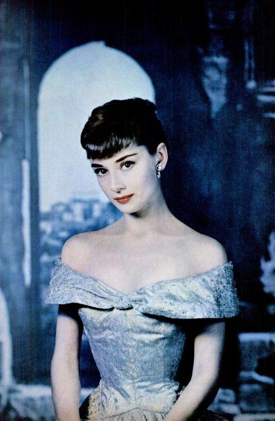 @HistoryInPix : Audrey Hepburn 1950s https://t.co/JYyazJ0FTG