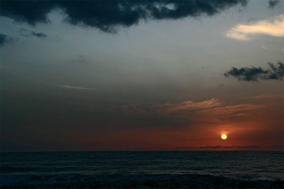 Amanecer Febrero en playa Javea