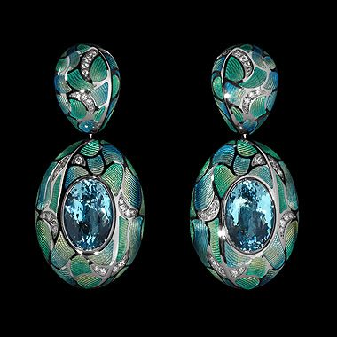 Mousson Four Seasons Earrings in Black Gold 750, Topaz Sky, Diamonds