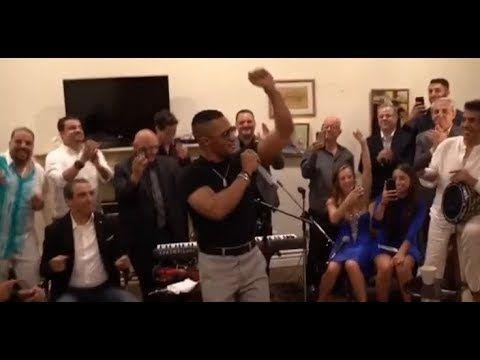 بالفيديو شاهد محمد رمضان يغني ويرقص في منزل سفيرة مصر بـ لوس أنجلوس Flatscreen Tv Tv Rare