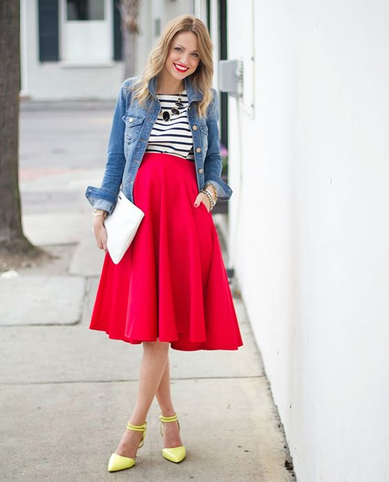Midi skirts are a definite maternity staple.: