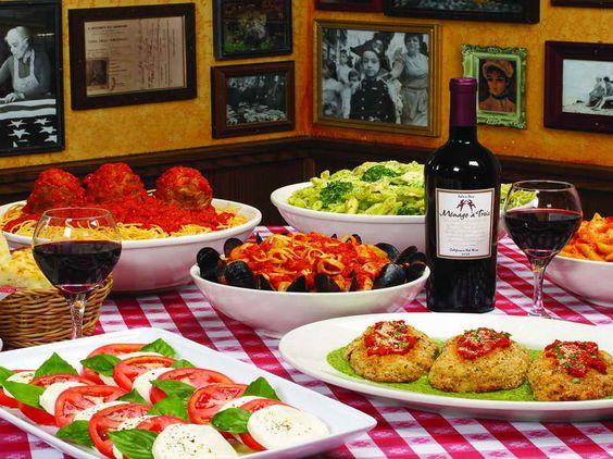 Italian table decor italian table setting ideas with the for Dinner setting ideas