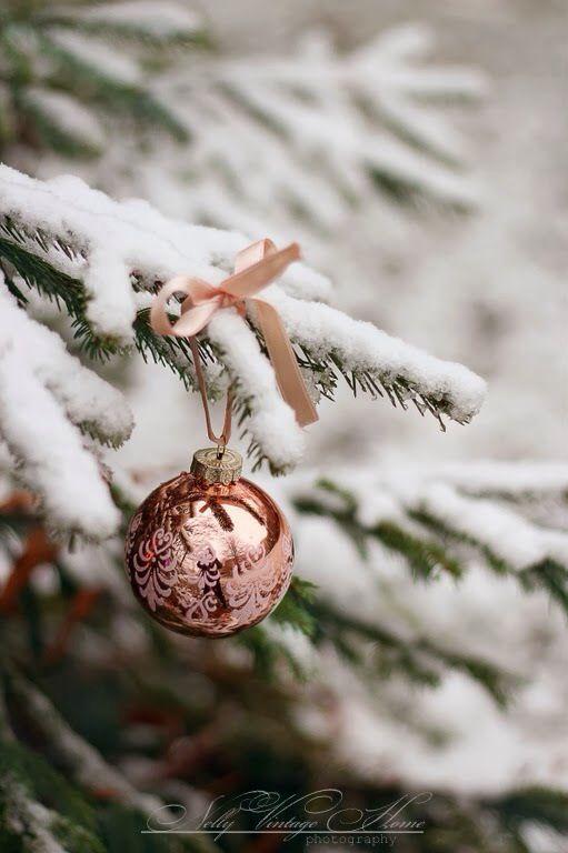 Rose Gold Christmas Tree Trend Rose Gold Pinterest