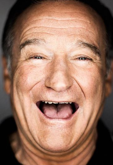 "Upon his award acceptance Robin Williams: ""Most of all, I want to thank my father, up there, the man who when I said I wanted to be an actor, he said, 'Wonderful. Just have a back-up profession like welding'."""