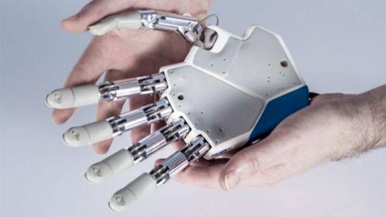 Silvestro-Micera-Bionic-Hand-01.jpg