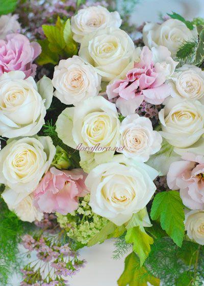 碑文谷テラス様 ウェディング会場装花 いつも傍らにあるような花 ゲストテーブルとメインテーブル : FLORAFLORA*precious flowers*ウェディングブーケ会場装花&フラワースクール*
