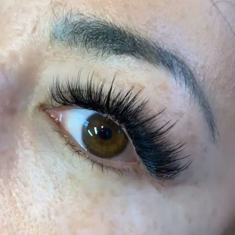 Pin By Diana Frei On Lashes Video In 2020 Eyelash Extensions