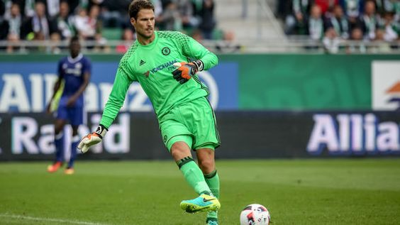 Asmir Begovic Hails Antonio Conte's Start at Chelsea: 'We're Buying Into What' He Wants
