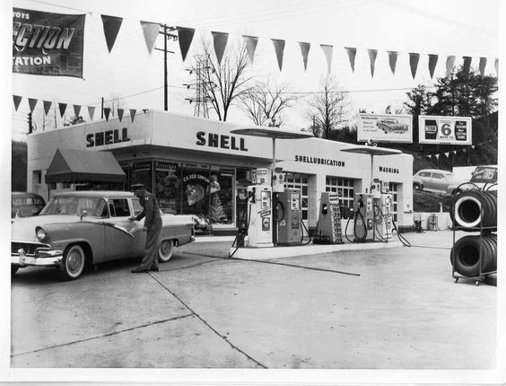 The C B Red Simpson Service Station Located On Chapman Hwy In