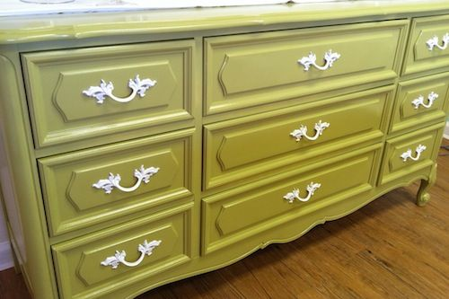 A painted vintage dresser can make such an impact in the nursery! {Click through to see the before and after} #nursery