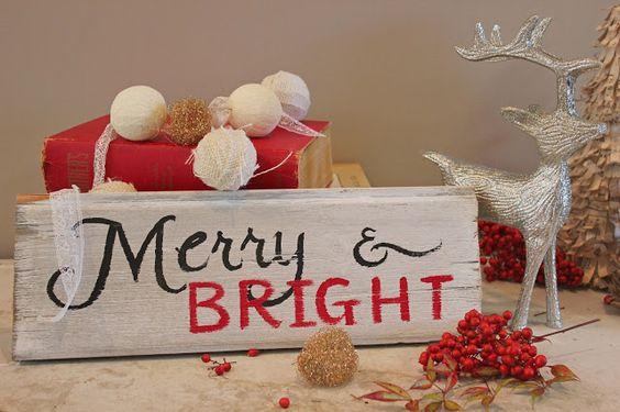 "Reclaimed wood ""Merry & Bright"" sign // Diamond Designs"