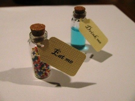 Alice in wonderland theme party - drink me, eat me tags WITH VIALS - 10 COUNT  note:(DIY maybe)
