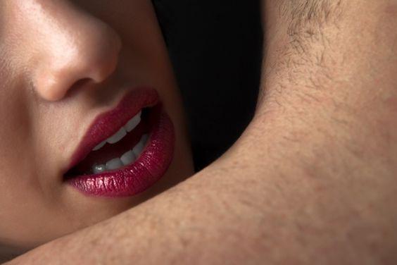 Cursos de sedução estão ficando cada vez mais comuns, principalmente nas grandes cidades, talvez por uma simples razão: homens e mulheres têm se queixado da dificuldade em encontrar o parceiro.