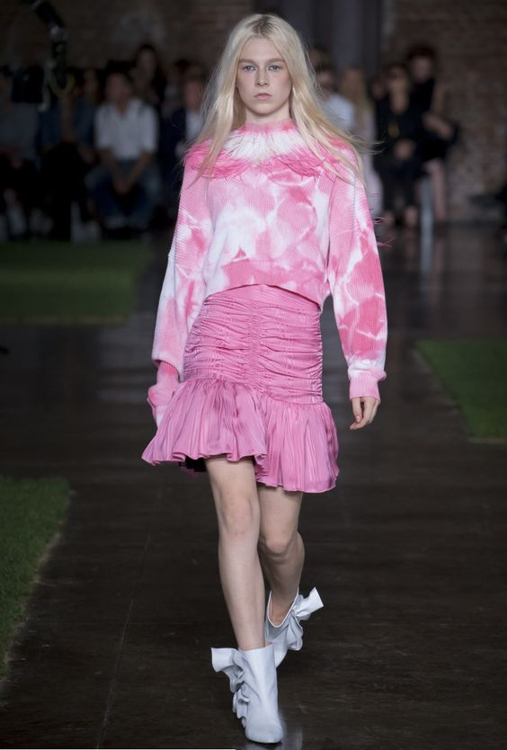 Tie-Dye Pink at MGSM Spring/Summer 2019- crfashionbook