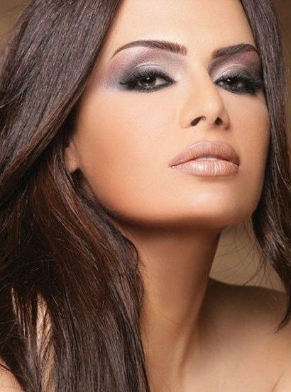 Maquillage pour brune cheveux beaut tendances - Maquillage pour brune ...