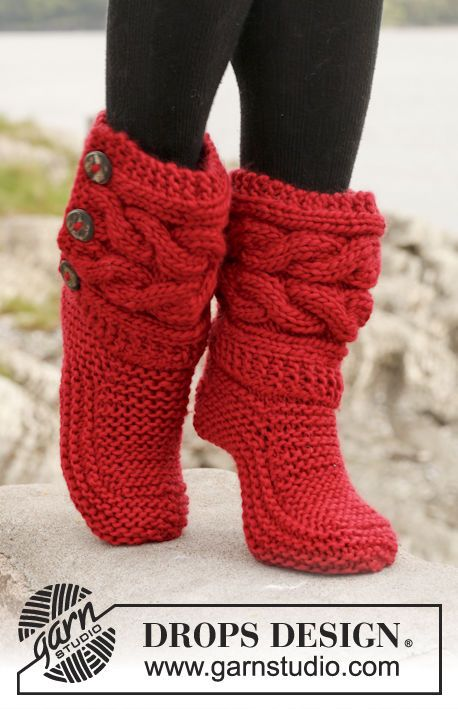 Knitting Pattern Ladies Slipper Boots : LADIES CHUNKY UGG BOOT SLIPPERS KNITTING PATTERN - a seller with a conscience...
