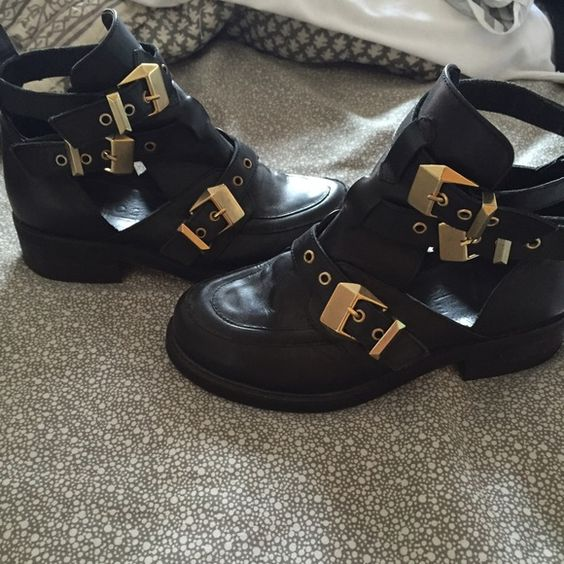 Topshop Cut-Out Booties Worn - in great condition! Listing price: $120 ; not sold anymore Topshop Shoes