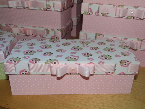 Caixas para lembrança de aniversário ... Tema: Corujas...