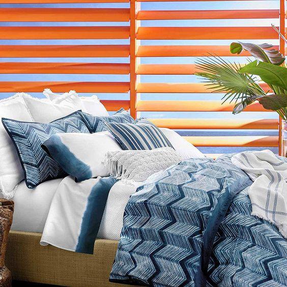 Un tocco d'estate anche nel più rigido inverno. #Veepee #WowingYourDays #home #homedecor #casa #letto #bedroom #bed #blu