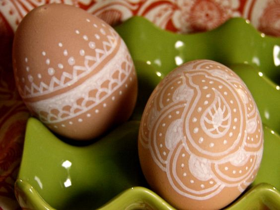 Brown eggs decorated with white ink marker. perfect for all the brown eggs we have.