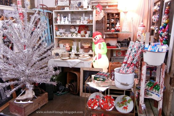 Christmas antique booth display.