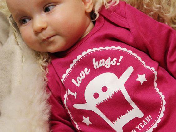 """gagamu Babystrampler """"love hugs"""" pink"""