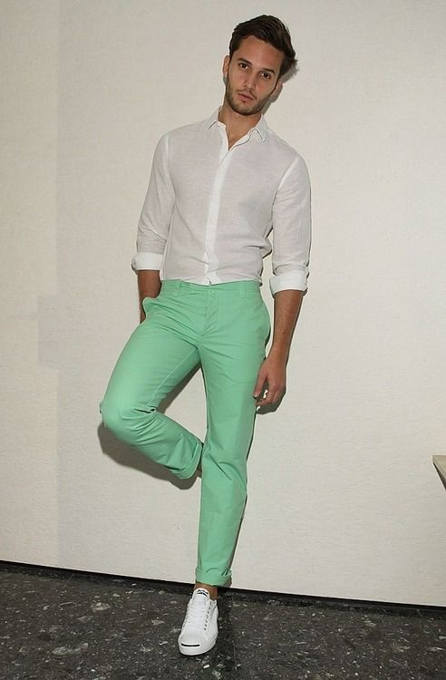 Green pants n linen voile shirt ... I have a few of those | Habits ...