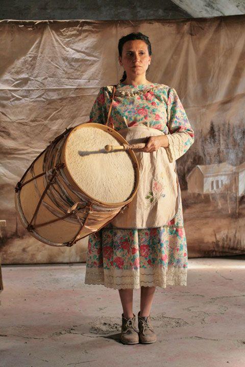 Violeta Parra interpretada por Francisca Gavilán