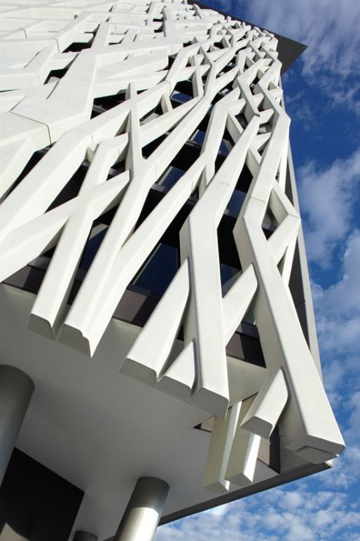 Architecture Interesting Exterior Home Design With: Interesting Facade Of This Apartment Building In Brisbane