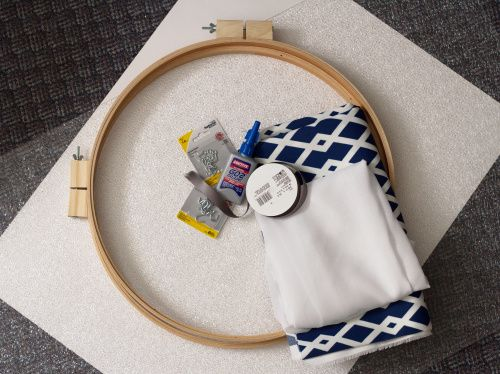 Diy drum shade embroidery hoops poster board light