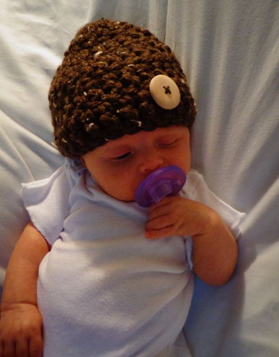$4.99 Newborn Baby  Crochet Bulky Beanie Hat Brown Large Button Photo Prop 0-3 mo