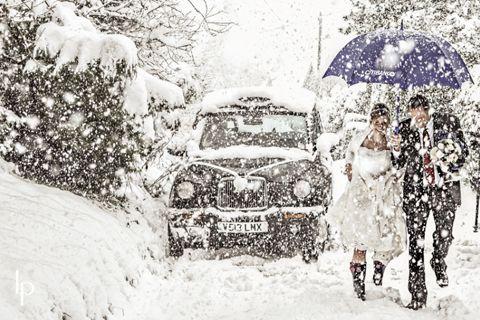 WINTER WEDDING PHOTOGRAPHY SNOW   Winter Weddings « Wedding Ideas, Top Wedding Blog's, Wedding Trends ...