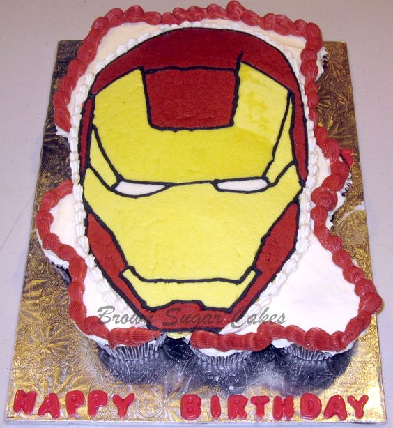 Ironman cupcakes, sooooooo wish I could do this for Reagan's birthday: