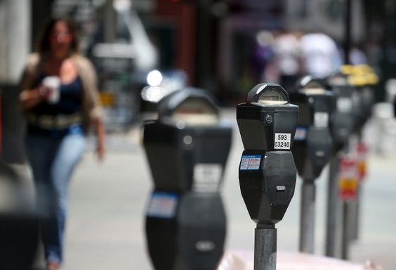 San Francisco bans apps that let you buy and sell public parking spots - http://www.aivanet.com/2014/06/san-francisco-bans-apps-that-let-you-buy-and-sell-public-parking-spots/