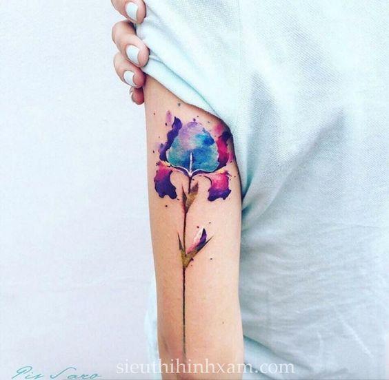 Hình-xăm-hoa-mini-hình-xăm-nhỏ-cho-bạn-nữ-mini-flower-tattoo--tattoo-tân-bình-xăm-nghê-thuật-tân-bình (205)