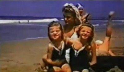 1941 Norma Jeane à la plage - Divine Marilyn Monroe