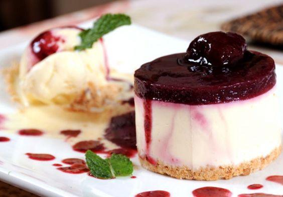 Os gregos já conheciam os sabores inéditos do cheesecake, mas os americanos o eternizaram como uma das sobremesas clássicas