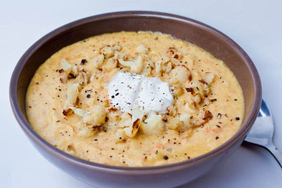 Roasted Cauliflower and Garlic Soup