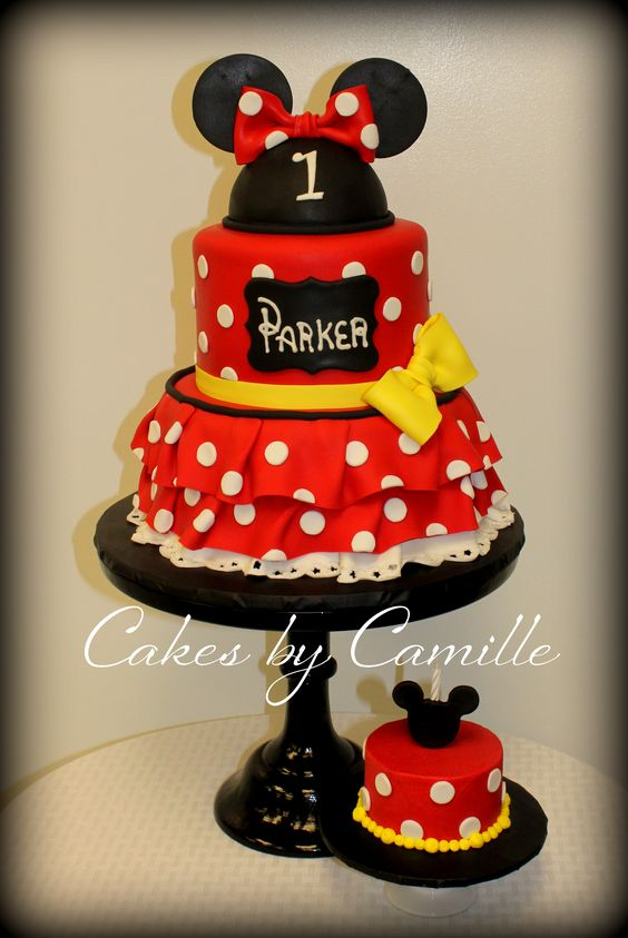 Minnie Mouse cake! Love the red and white! With matching ...
