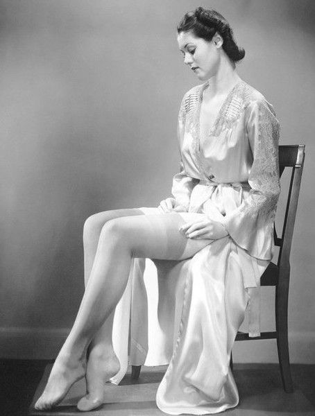 Satin Robes and Stockings - Beautiful Vintage Boudoir Photos - Photos