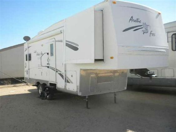 2006 Northwood Arctic Fox 275L Silver Fox Edition